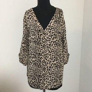 Torrid Leopard Blouse 3/4 Tab Sleeve Button Down 2